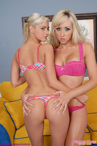 Jessica Lynn And Christine Alexis Hot Girlfriends 00