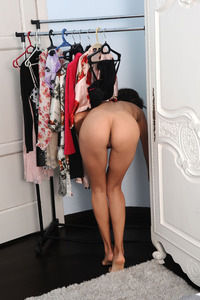 Suzanna A Strips And Change Her Clothes 11