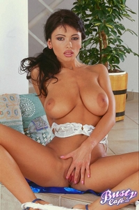 Veronica With Huge Tits 08