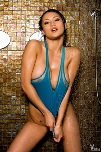 Jurli Waters Under The Shower 13