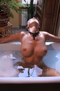 Winona Bath 07