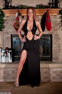 Nikki Sims Long Black Dress 00