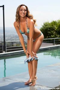 Krista Nicole Strips Off Her Sexy Bikini 01