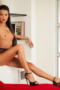 Joanie Brosas Sexy Amateur Playboy Girl 04