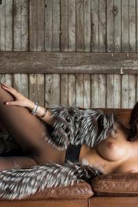 Alexandra Tyler  00