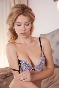 Genevieve Gandi Sexy And Beauty Young Babe Srtips Out Of Her Lingerie 04