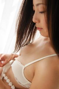 Madoka Hitomi 04