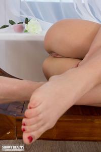 Amazing Blonde Babe Jasmine Erotic Show 19