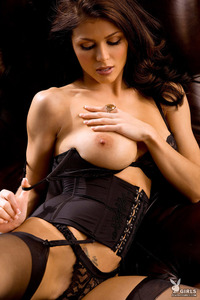 Amazing Playboy Babe Lynda Redwine In Black Lingerie 04