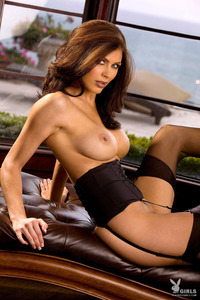 Amazing Playboy Babe Lynda Redwine In Black Lingerie 12