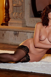 Glam Babe Carlotta Champagnestrips By The Fireplace 12