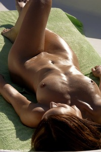 Susana Spears Sun Kissed Beauty 07