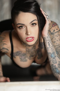 Tomboy's And Tattoos: Leigh Raven 04