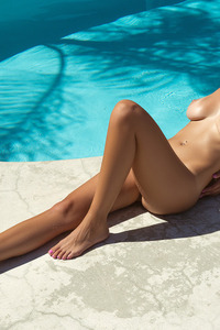 Sexy Playmate Ali Rose Naked In The Pool 14