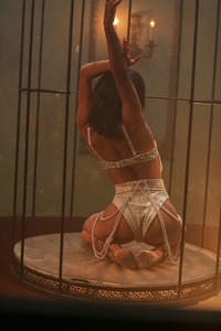 Caged Angel 00