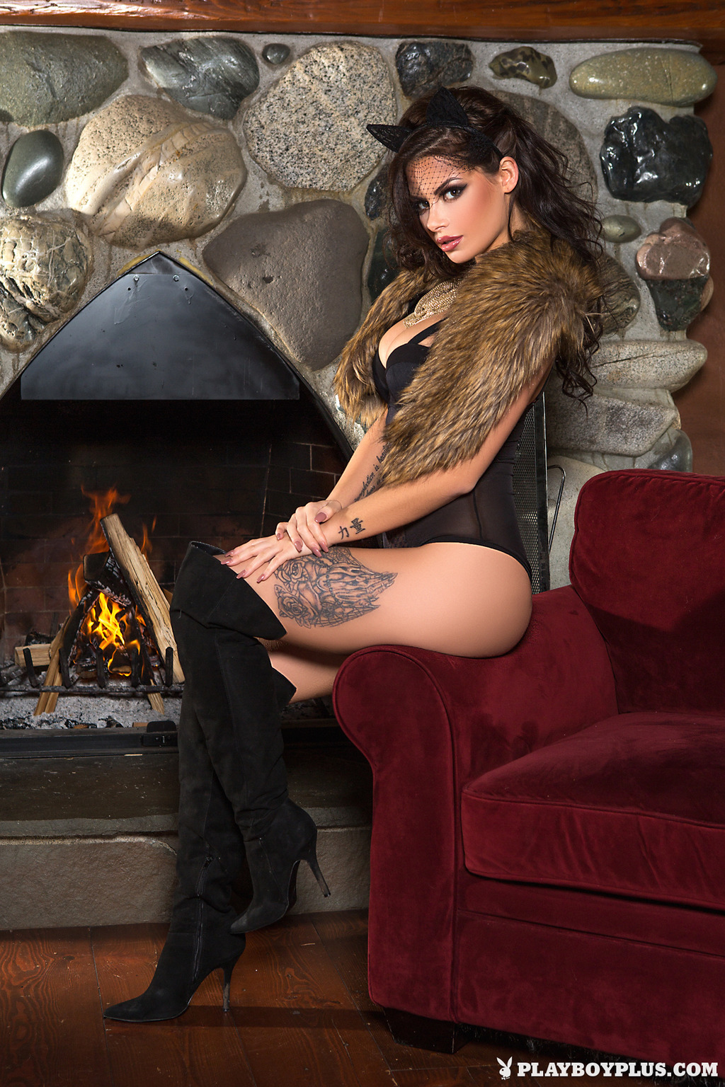 Shelly Lee In Cat's Meow 16