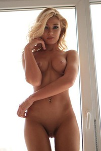 Perfect Blonde With Attitude 12
