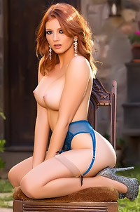 Gorgeous Redhead Chandler South
